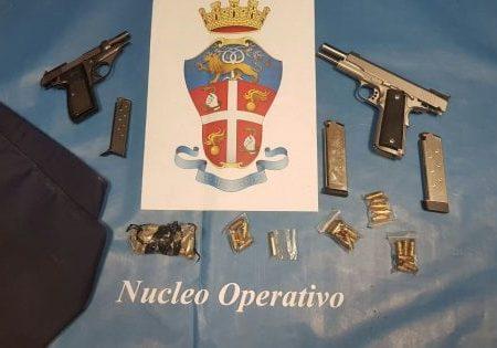 Bari, i carabinieri interrompono summit criminale a Japigia: 2 pistole sequestrati