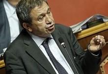 Il Senato salva Azzollini: il voto in aula e la protesta M5s