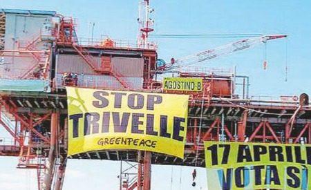 """Trivellazioni, comitati No Triv: """"61 concessioni scadute, governo faccia chiudere pozzi o andiamo al Tar"""""""
