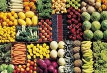 Fruttivendoli: cassette di verdura per strada, doppio reato