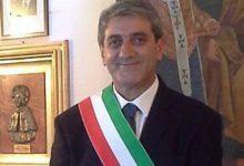 Valenzano, il sindaco aggredito in Comune: aveva negato la casa popolare a un pregiudicato