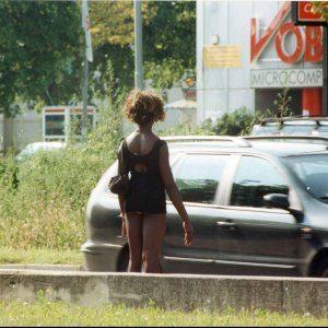 Accompagnava due donne a prostituirsi: arrestato 36enne incensurato