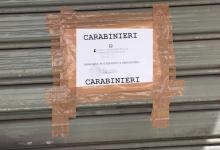 """Distrutto da un incendio doloso il bar """"Chat Noir"""". I Carabinieri mettono sotto sequestro l'immobile."""