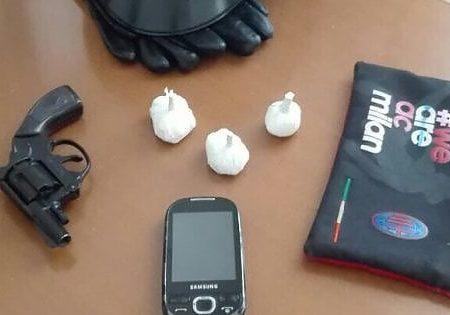 Arrestata a Bisceglie una 22enne che aveva in casa un'arma clandestina