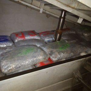 Tre tonnellate di droga dall'Albania alla Puglia, arrestati 14 narcotrafficanti