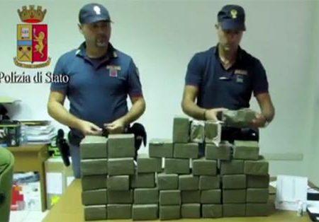 Foggia, corriere della droga arrestato in autostrada