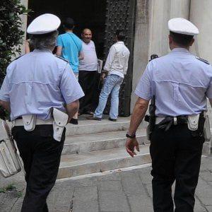 Gallipoli, inchiesta sul concorso per i vigili: 4 su 10 dei candidati idonei sono parenti di politici