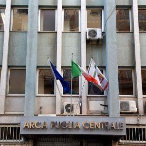 """Bari, tangenti per gli appalti delle case popolari: """"Gestione disinvolta dell'Arca"""""""