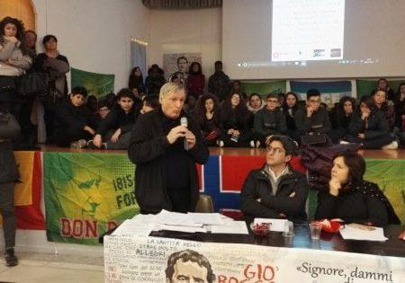 """Foggia, don Ciotti annuncia la marcia del 21 marzo: """"Attenti alla ferocia di una mafia emergente"""""""
