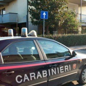 Taranto, arrestate 6 persone per usura: tra loro anche un usciere della Prefettura