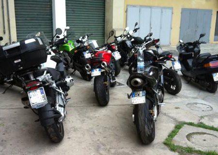 Arrestato meccanico 28enne sorpreso con 10 motocicli rubati