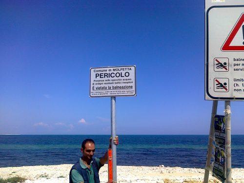 Dal 1 agosto 2011 a Torre Gavetone c'è il divieto di balneazione