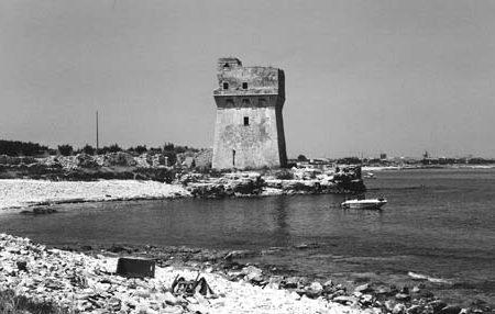 """La regione Puglia """"dimentica"""" Torre Calderina"""