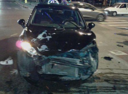 Bari, scontro tra moto e auto:  muore un ragazzo di 17 anni
