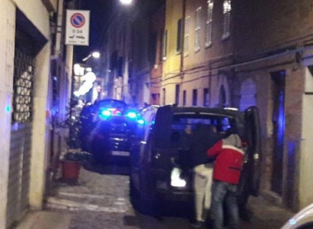 Pesaro, ucciso il fratello di un pentito di 'ndrangheta: era tutelato dal programma di protezione speciale del ministero dell'Interno