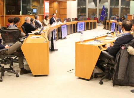 Amministratori sotto tiro: più di 2000 intimidazioni negli ultimi 5 anni. Presentato a Bruxelles il rapporto di avviso pubblico