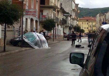 Foggia, carabiniere muore dopo una sparatoria nella piazza di Cagnano Varano
