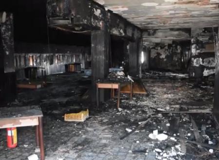 """Ristorante L'Ancora, sopralluogo dopo l'incendio: """"Un'offesa a Bari, ma non ci fermerà"""""""