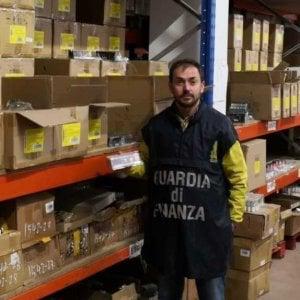 Bari, sequestrati cosmetici pericolosi per la salute per quattro milioni di euro