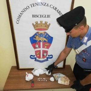Nascondeva mezzo chilo di cocaina: una coppia di 18enni arrestata a Bisceglie