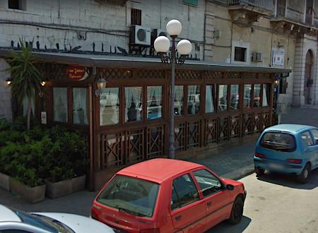 """Dopo il """"Bar Duomo"""" e """" I due Foscari"""", arriva l'ordinanza di sgombero per il """"Bar Arcobaleno"""""""