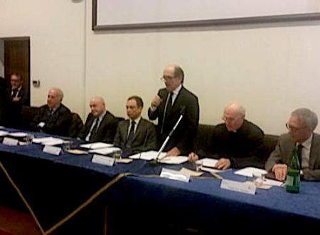 Mafia, procuratore nazionale De Raho a Foggia: «4 Comuni sciolti mostrano legame tra clan»