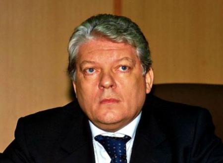 Inchiesta 'ndrangheta, il Csm apre pratica per trasferimento d'ufficio per procuratore generale Lupacchini dopo critiche a Gratteri