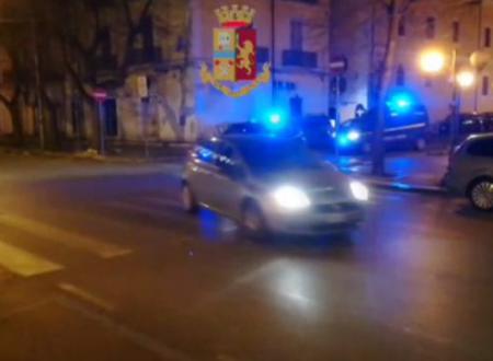 Polizia, cc e Gdf setacciano Foggia dopo attentati: 100 perquisizioni, 3 arresti