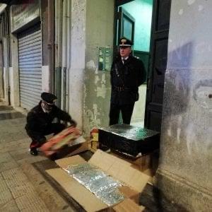 Bari, 110 chili di fuochi d'artificio per la festa del clan: sequestrati dai carabinieri