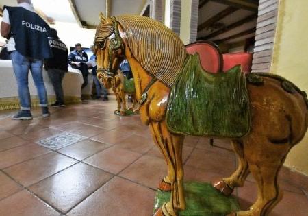 Roma, blitz contro il clan Casamonica: arresti e sequestri per 20 milioni di euro