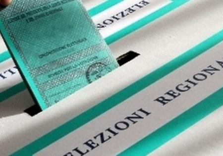 Regionali in Puglia, scatta l'inchiesta: assunzioni in cambio della promessa di voti e polizze false