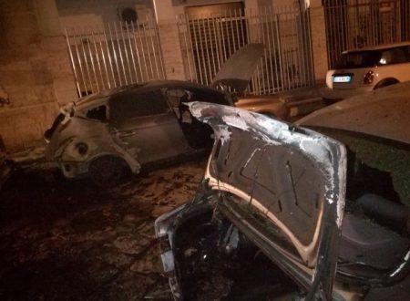 Il sindaco denuncia gli autori dei roghi d'auto e indirettamente svela una grave omissione