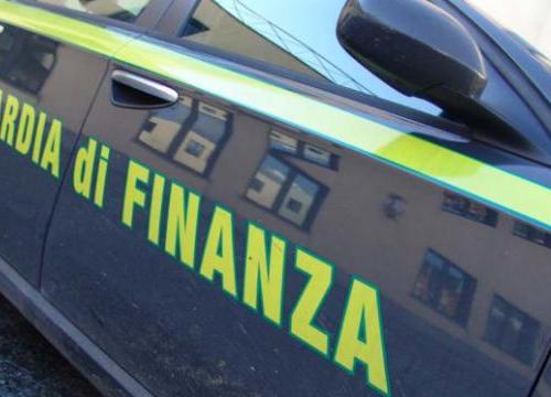 Foggia, truffa al Servizio Sanitario Nazionale: sequestrati beni a dipendente Asl per 330mila euro