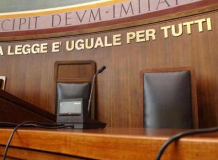 Giustizia svenduta, avvocato offende Pm in aula a Lecce: acquisito audio