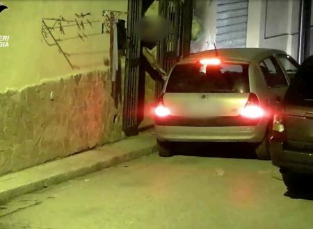 """Agguato in strada per un debito di droga: 11 arresti nel blitz """"Jolly"""", nello spaccio coinvolte fidanzate di due indagati"""