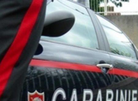 Rubavano auto e chiedevano riscatto per restituirle: 8 misure tra Bari e la Campania