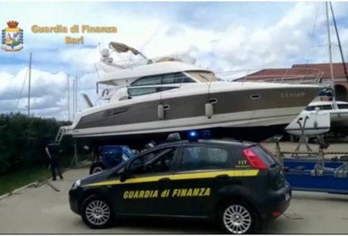 """Il """"re delle burrate"""" arrestato per bancarotta a Gioia del Colle: già sequestrata la villa con piscina e una barca di 12 metri"""