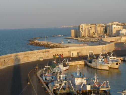 Da lunedì 30.08.2021 fino a mercoledì 08.09.2021 ci saranno dei problemi per la passeggiata sul porto